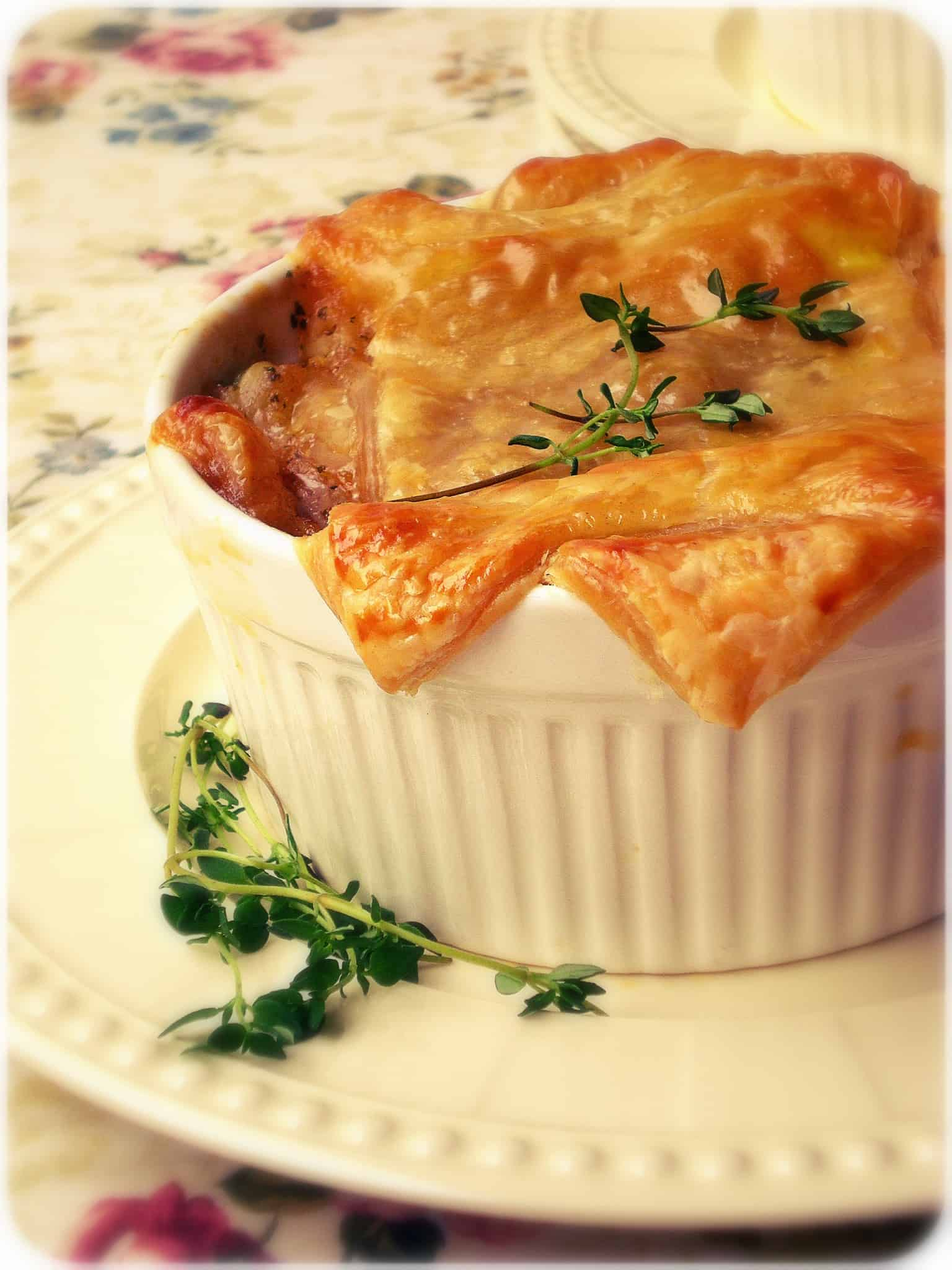 Puff Pastry – Cheddar Chicken Pot Pies
